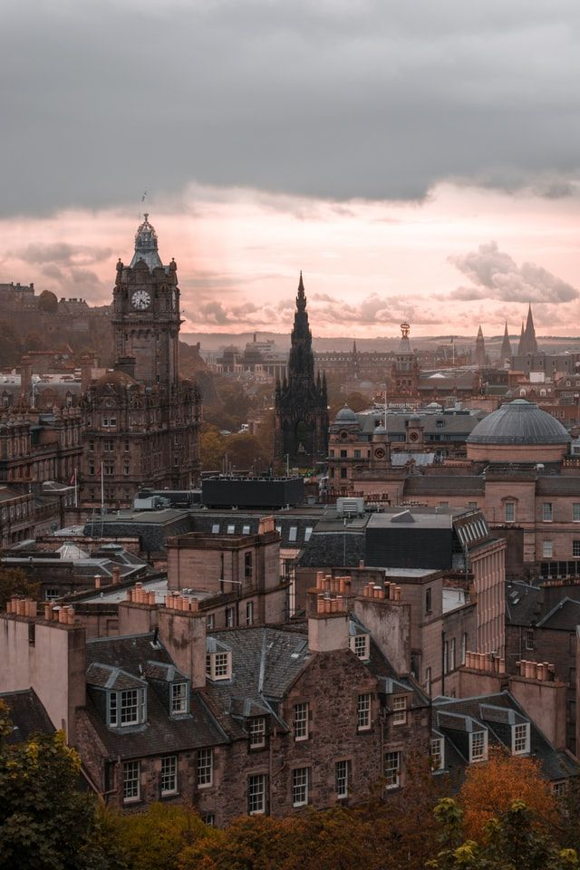 SHADOW: Edinburgh\'s independence debate impacts across Britain and in the North of Ireland