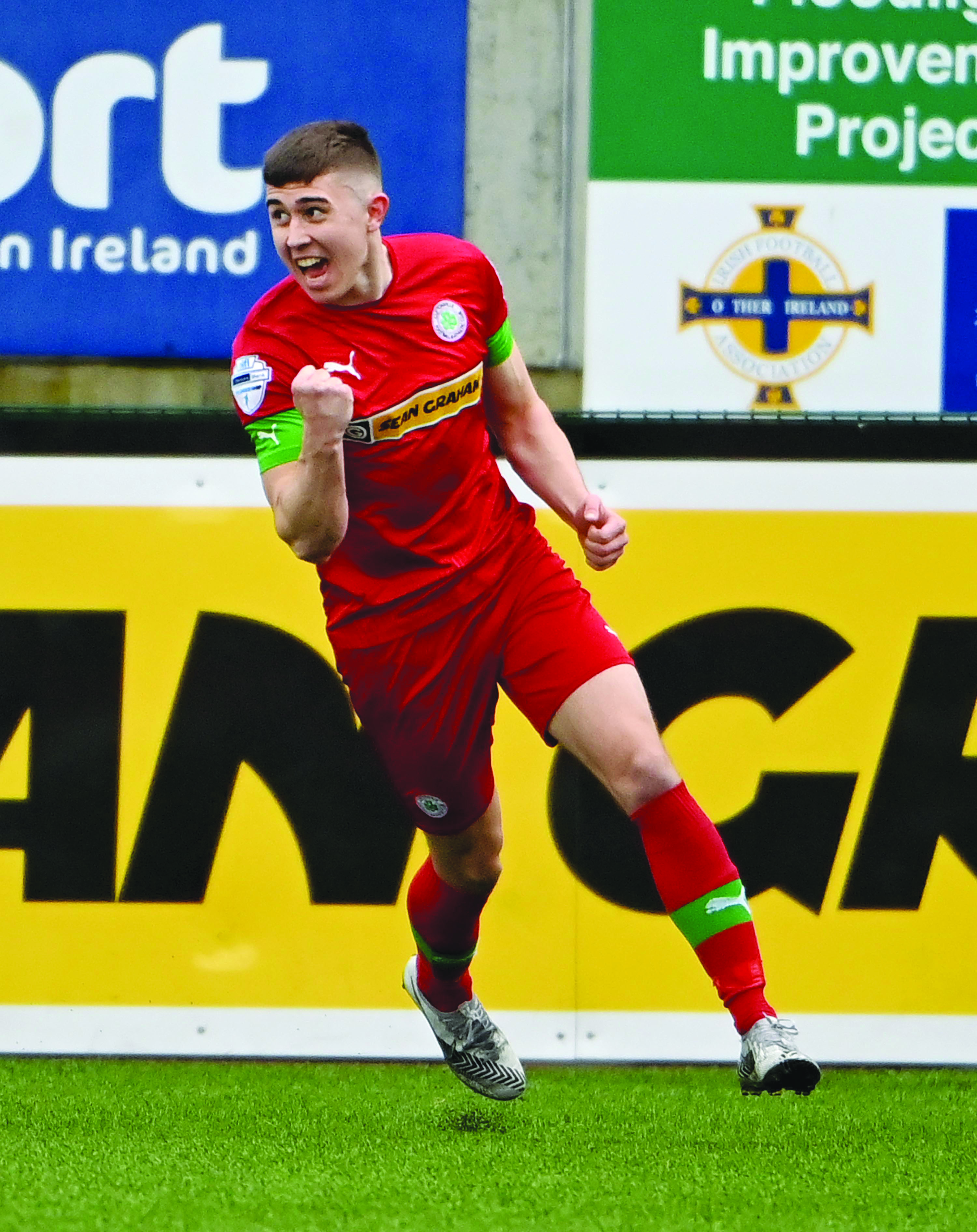 Cliftonville manager Paddy McLaughlin says the postponement of Tuesday's game against Glentoran will have allowed a number of players including Paul O'Neill to recover from knocks ahead of Saturday's trip to Warrenpoint Town