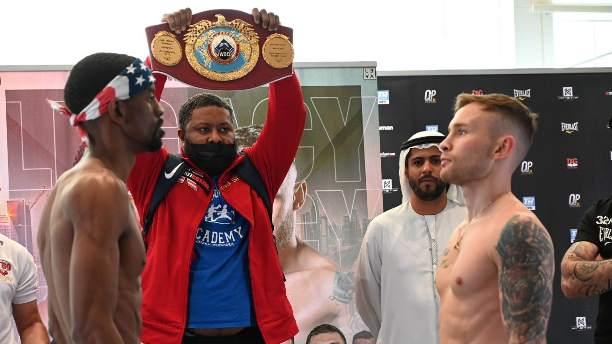 Jamel Herring and Carl Frampton stare down after yesterday\'s weigh-in
