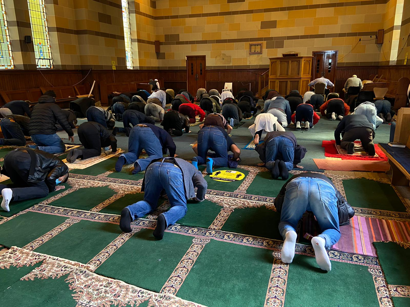 JUMU\'AH: It is compulsory for men to pray in congregation on a Friday.