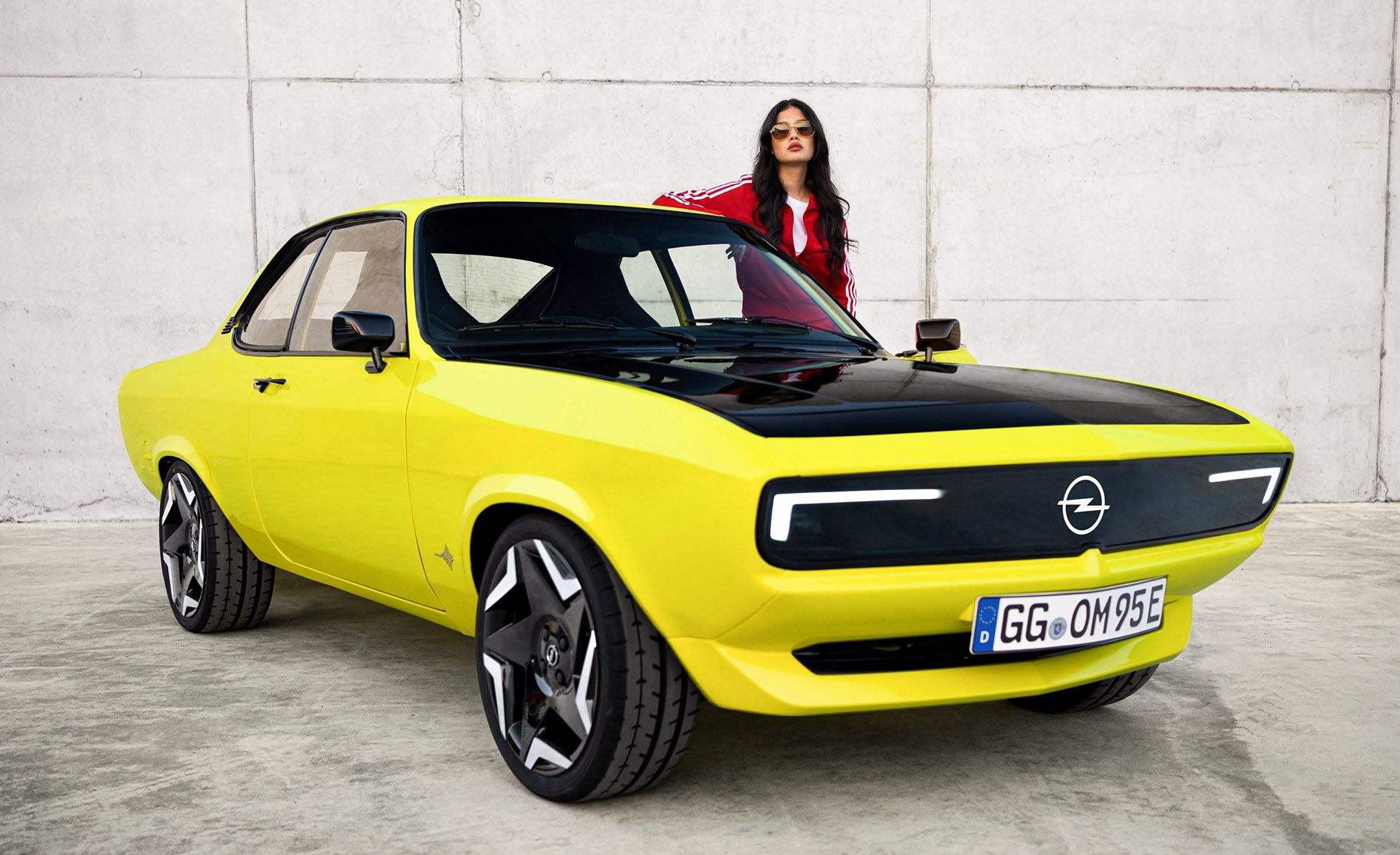 CLASSIC REBORN: A modern-day version of the Opel Mantra