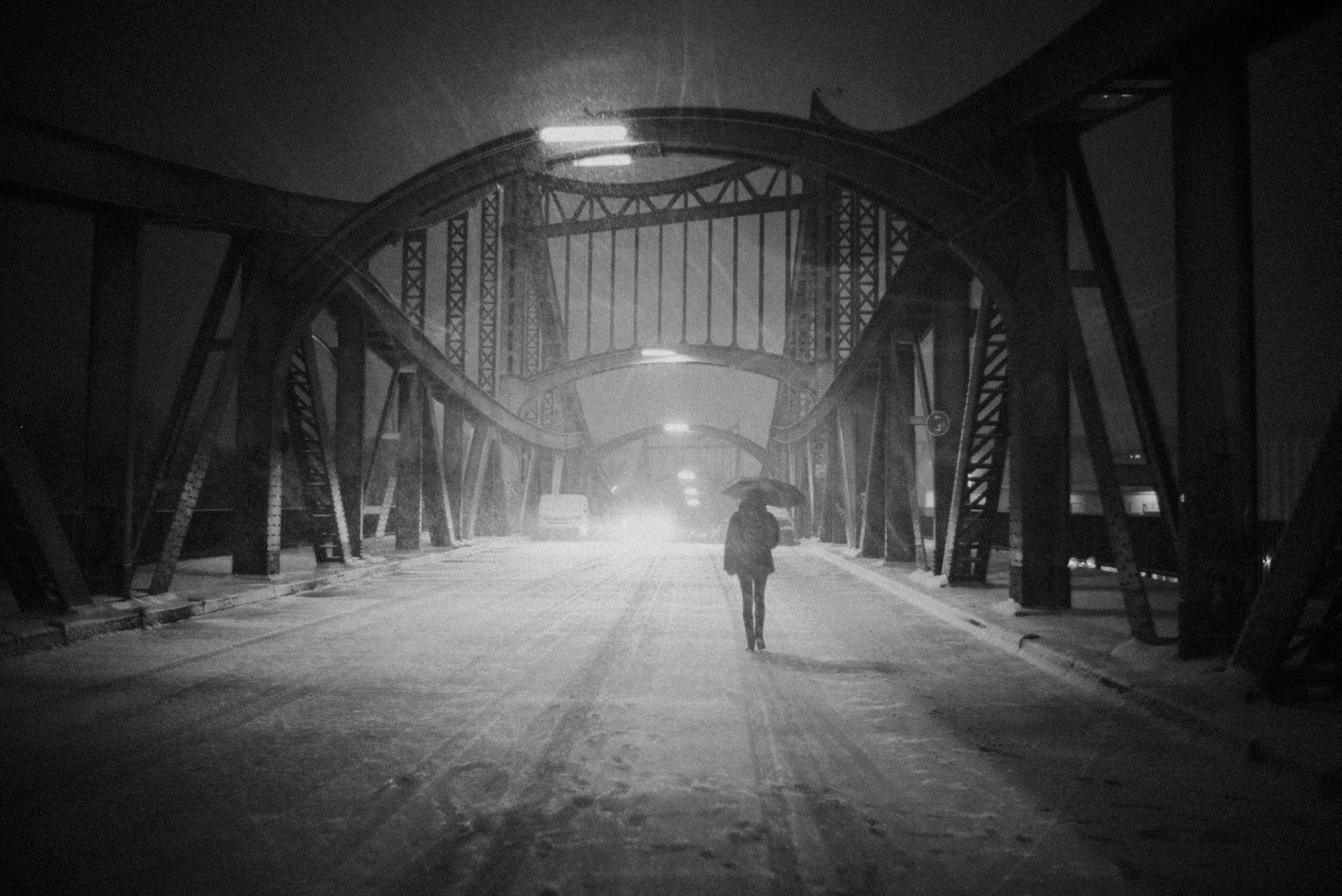 ANYWHERE, ANYTIME: Walking through Berlin in a snowstorm