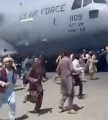 PULL-OUT:Chaos at Kabul Airport as the US flees Afghanistan