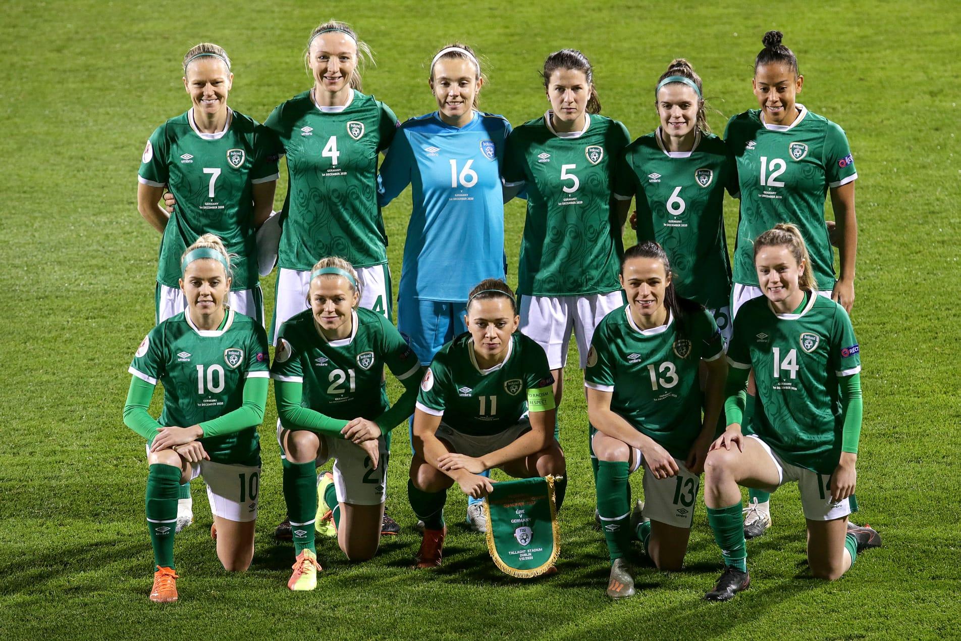COTHROM NA FÉINNE: Banpheileadóirí sacair na hÉireann