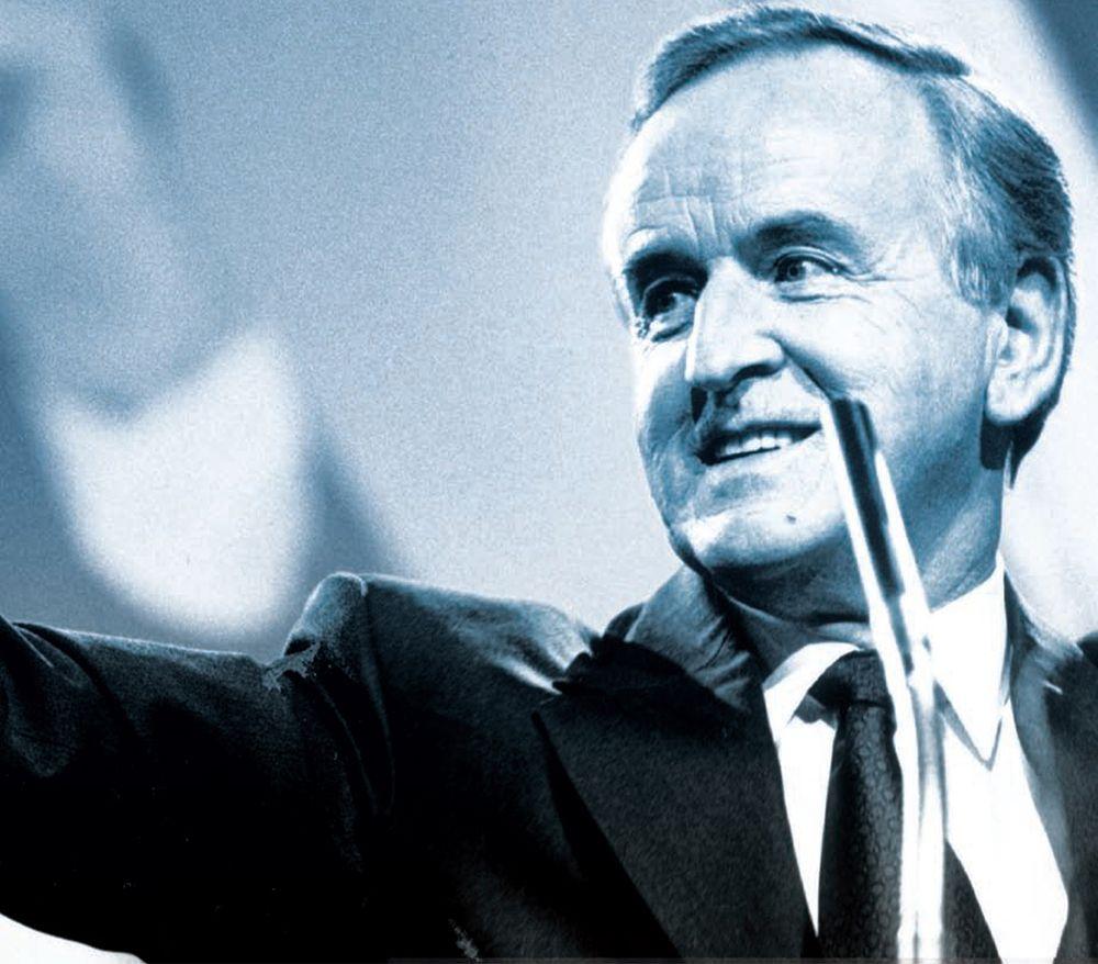 LEADER: Albert Reynolds\' short term as Taoiseach was historically important
