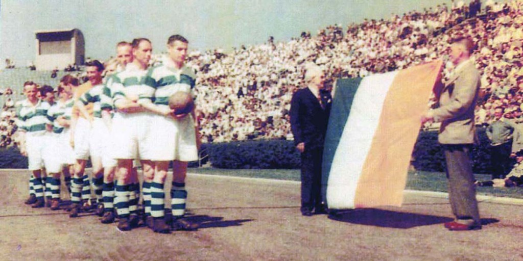 Jackie (back left) with the Belfast Celtic team that toured the USA in 1949