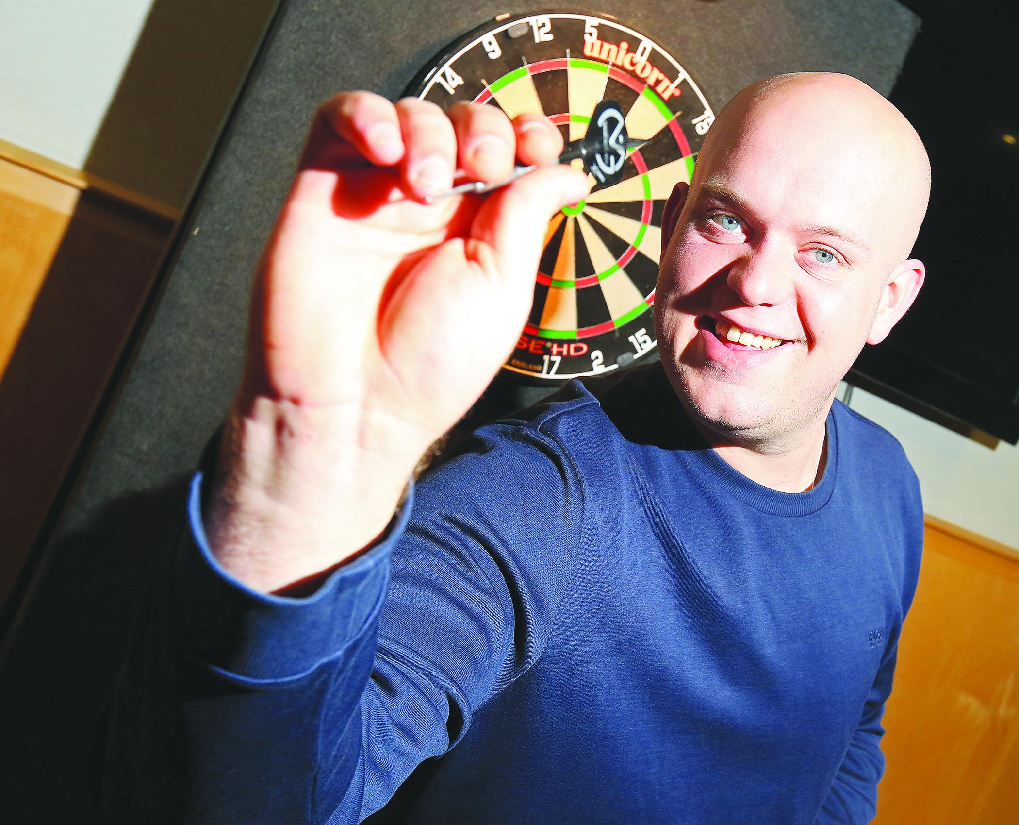 Devenish darts 011404jc162