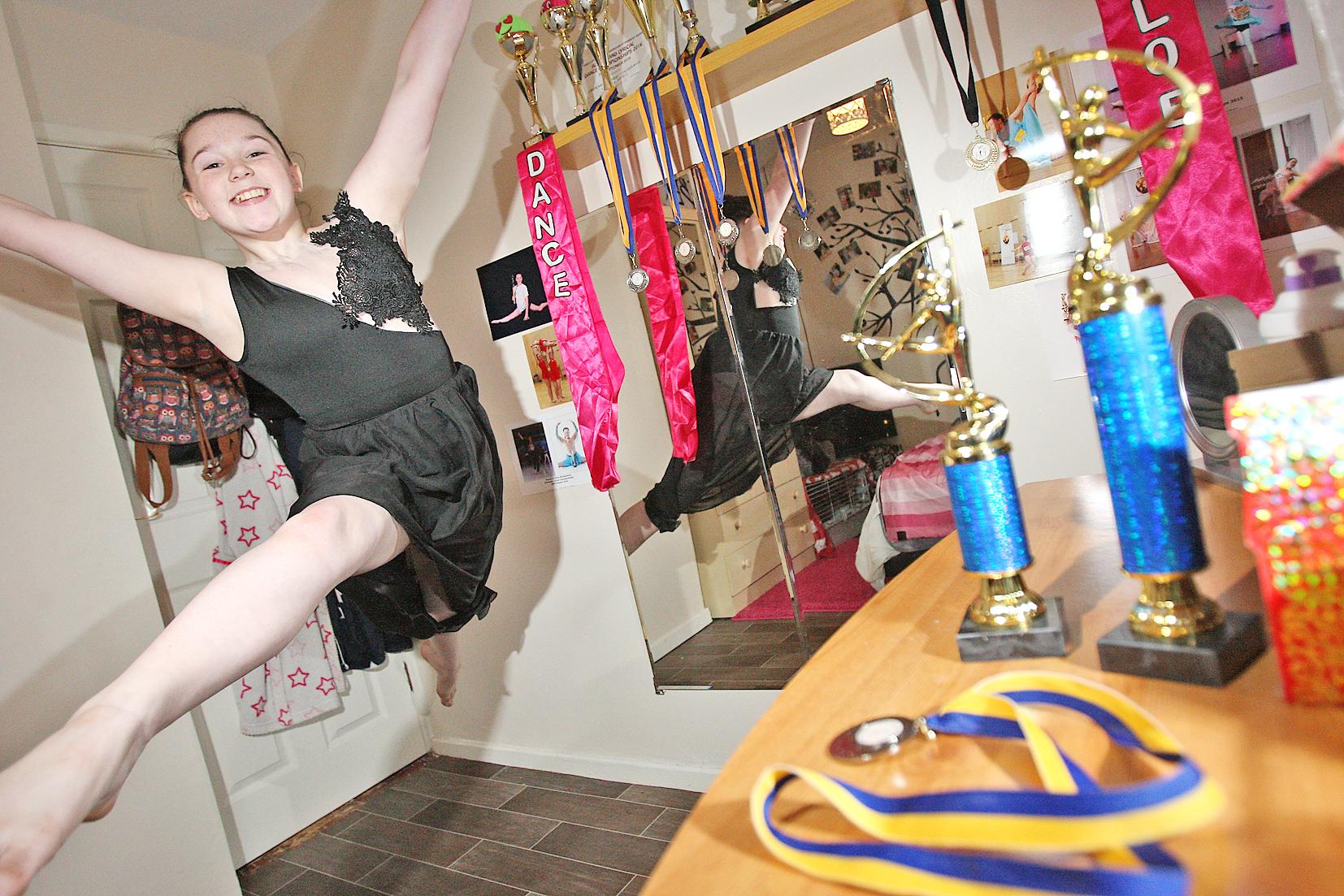 Chloe montgomery lyrical dance winner 3512mj161