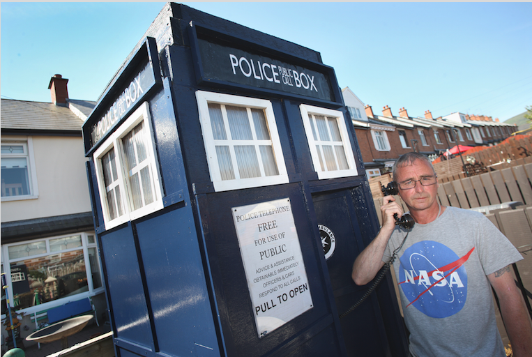 As Dr Who's Tardis landed in Estoril Park, local man Paddy Lavery got on the phone to find out what was going on.