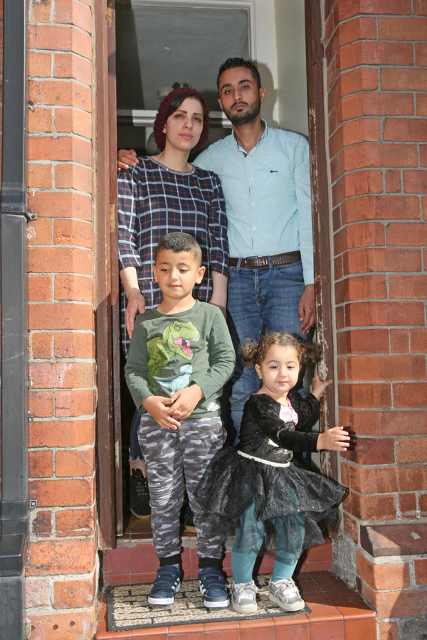Iraq family deport 2308mj18