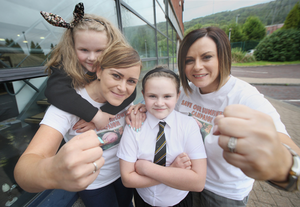 Fight Night, Ursula Dunne and Carrie Crossan  with Charlotte and Grace Dunne