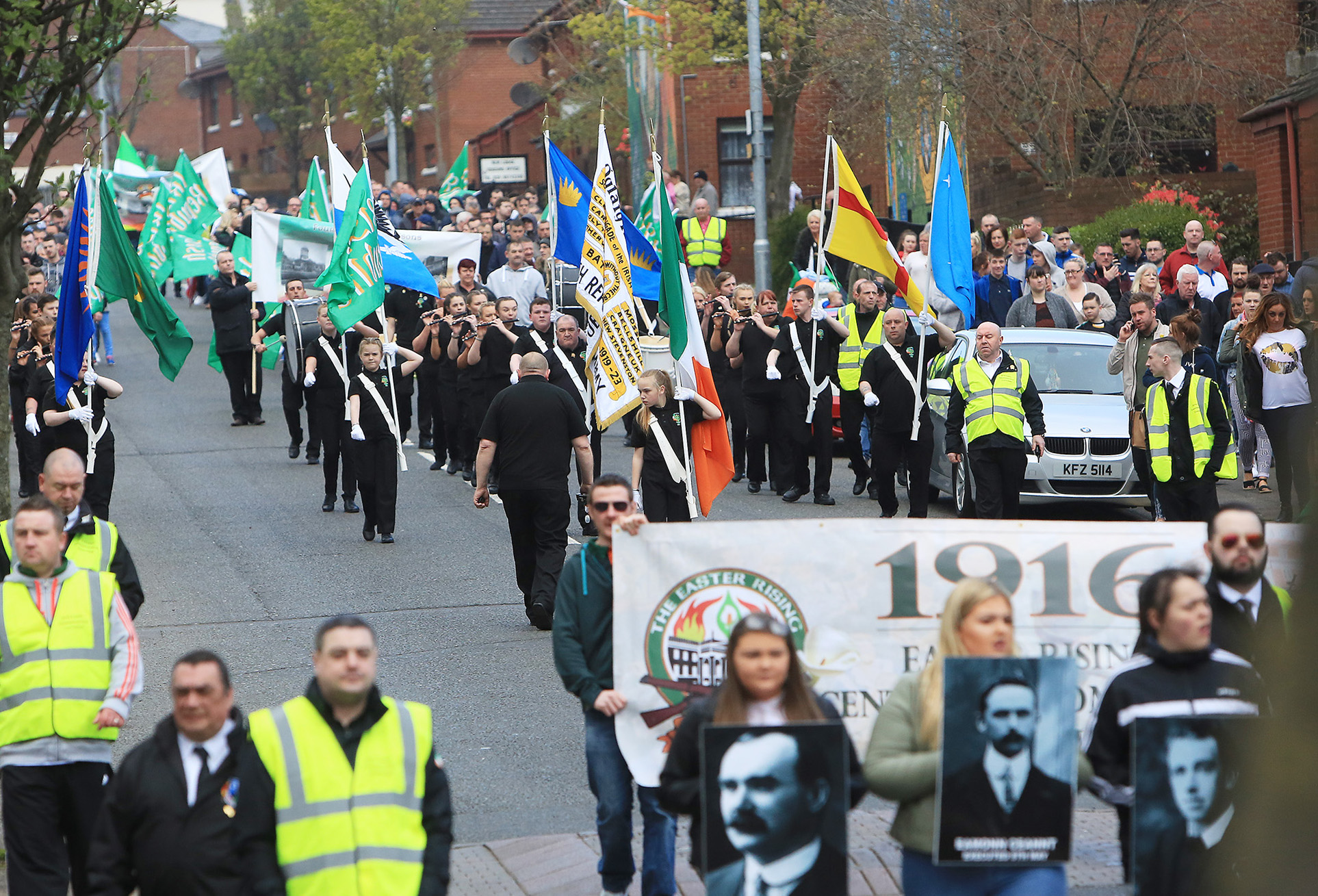 The peoples parade easter rising 0122404jc16