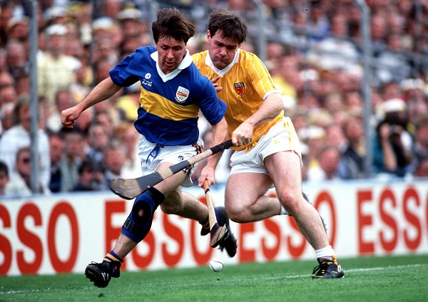 Pat Fox of Tipp and Dessie Donnelly of Antrim in action during the 1989 All-Ireland final ©INPHO