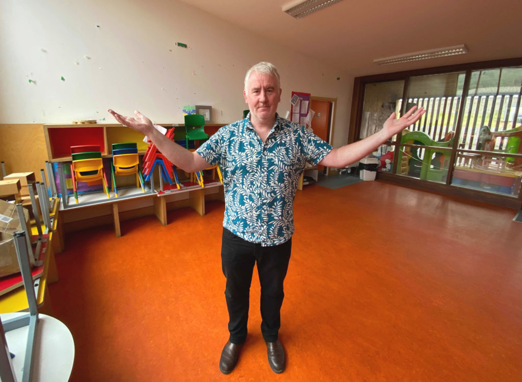 PÓCAÍ FOLAMHA: Buscoil principal Pilib Mistéil warns that funding cuts will jeopardise educational and social development of children in Upper Springfield