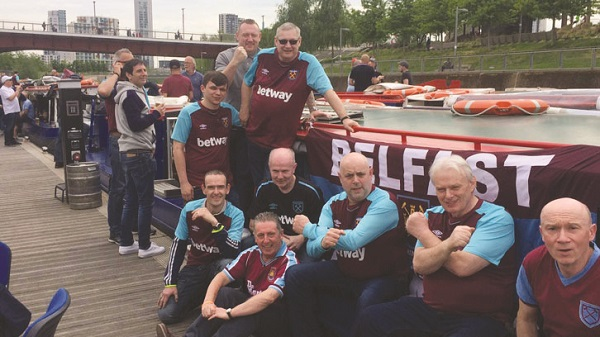 Belfast Hammers enjoy some downtime in Stratford[/caption]